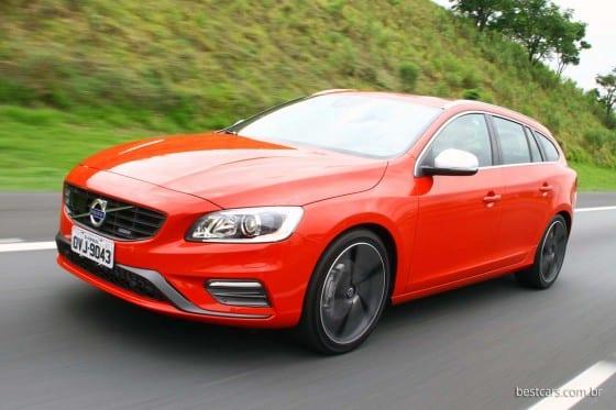 Volvo V60 R-Design 01