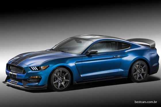 Ford Mustang Shelby GT350R 01