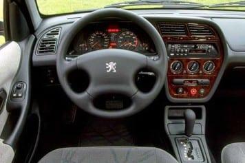 Peugeot 306 interior
