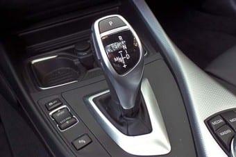 Transmissão automática em carro esportivo como o BMW M 135i: impensável no passado