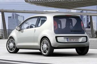 A VW previu motor traseiro para o Up, mas desistiu; Renault e Smart seguiram adiante